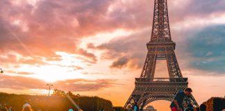 париз-ајфелова-кула-романтика