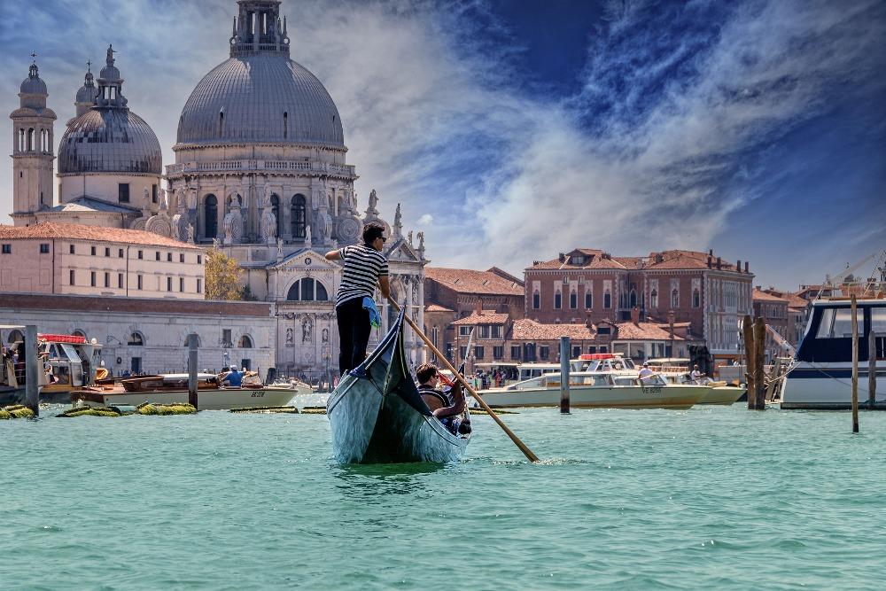 венеција-гондола