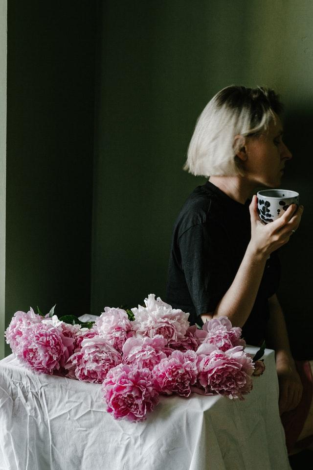 каранфил-жена-кафа