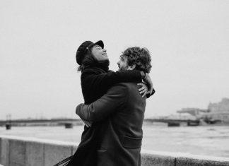 zaljubljeni-par