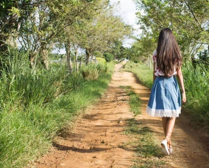 devojka-šeta
